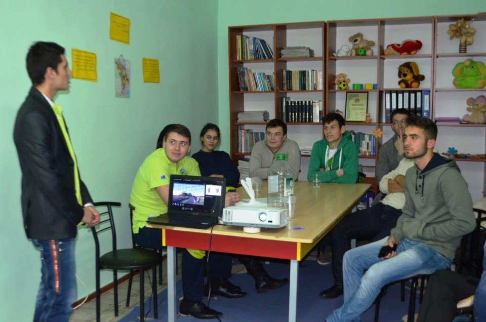 Chisinau, nov. 2o14 - Activitate de informare şi recrutare voluntari